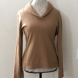 ❤️ Sarah Spencer Tan Cowl Sweater Size M